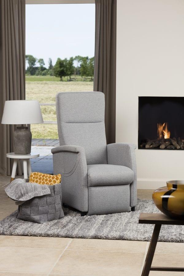 Sta-op stoel Fitform 580 Elevo-neutraal-sfeer-staand-2